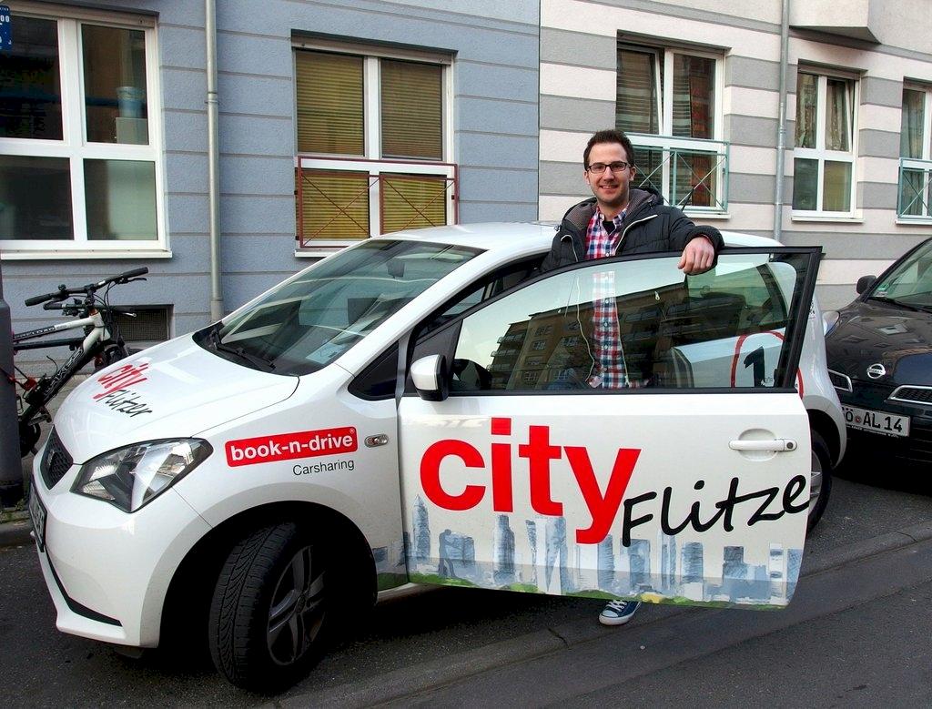 Frankfurt: CityFlitzer in Sachsenhausen   book-n-drive ...